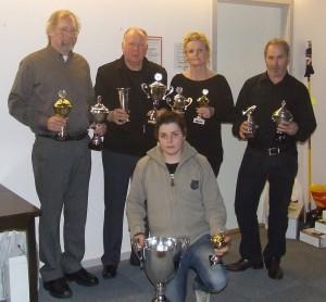 fra venstre: John Harald Haraldsen, Gunnar Andersen, Elisabeth Jensen, Harald Harridsleff. Foran: Henrik Olav Valle